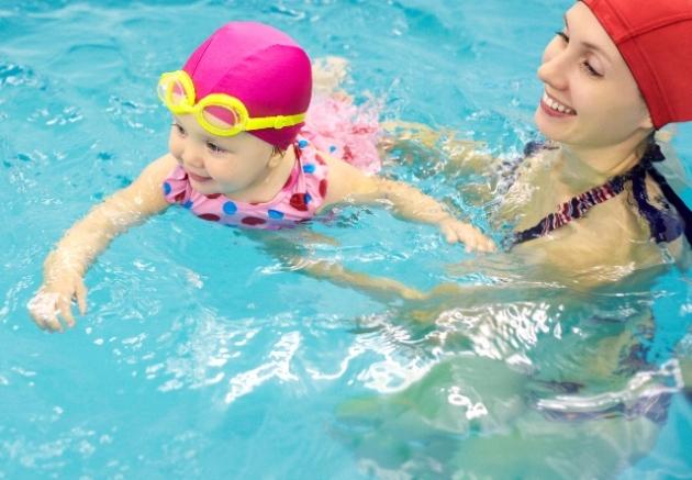 при болезни Пертеса полезно заниматься плаванием