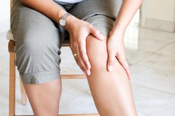Болезнь Кенига: причины, симптомы и лечение — OneKu