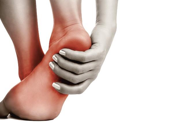 боли при артрите стопы