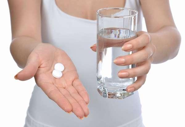 прием таблеток при подагре ног