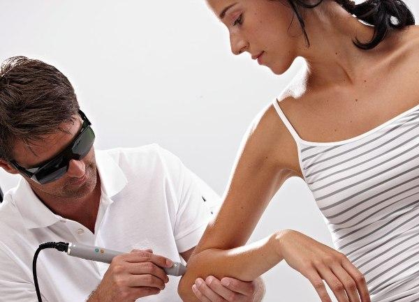 физиотерапевтическое лечение боли в локте