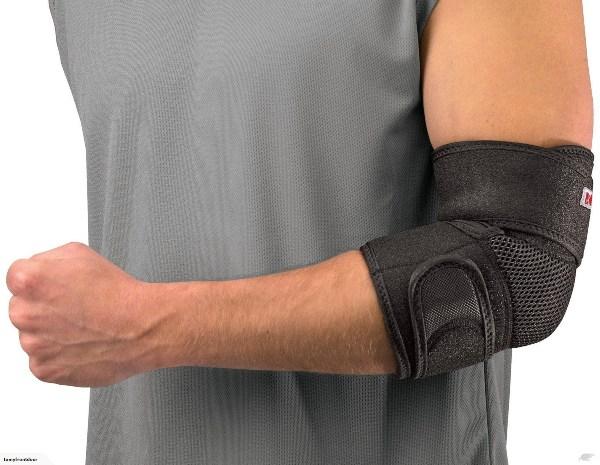 Применение бандажа при растяжении связок локтевого сустава
